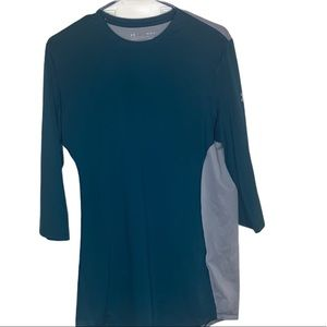 - Men's UNDER ARMOUR heat gear shirt